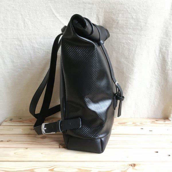 kézzelkészített, egyedi bőr hátizsák
